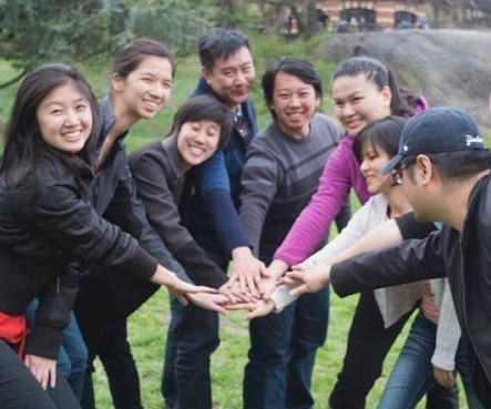 taiwan hands in circle (1)